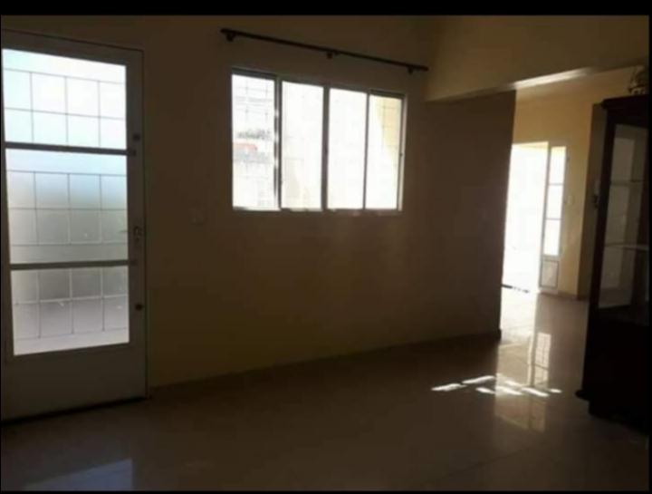 Casa à venda,  com 3 quartos sendo 1 suite no Morada do Ouro - Setor Centro Sul em Cuiabá MT 101 11311
