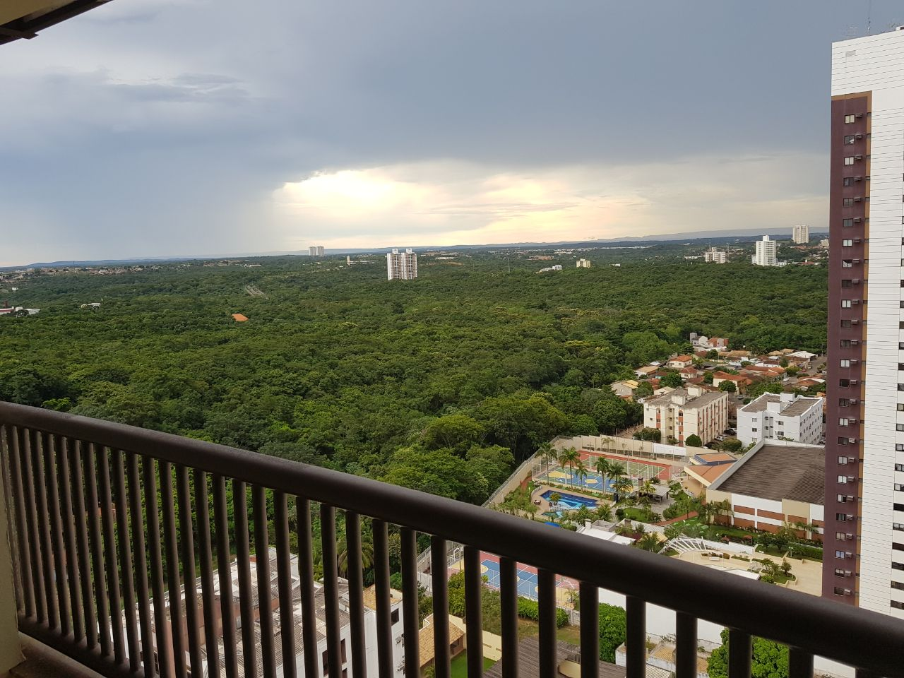 Apartamento para aluguel,  com 3 quartos sendo 1 suite no DUQUE DE CAXIAS em Cuiabá MT 101 11512