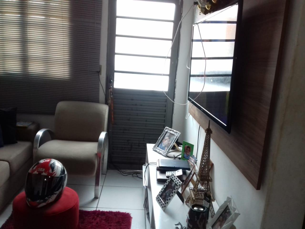 Casa à venda,  com 2 quartos no São Sebastião em Cuiabá MT 101 12105