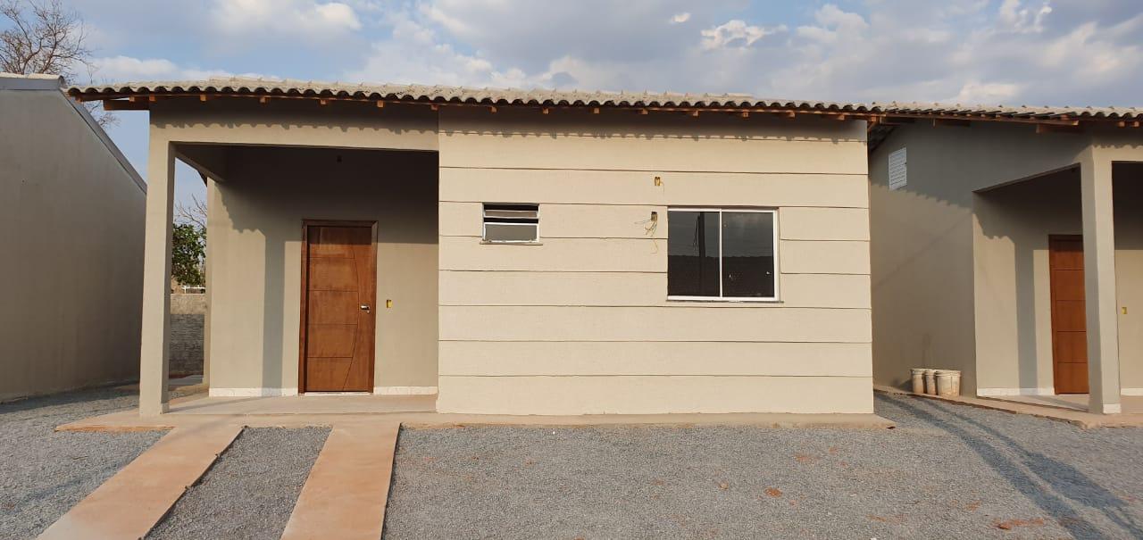 Casa à venda,  com 2 quartos no JARDIM  JACARANDA em Várzea Grande MT 101 12239