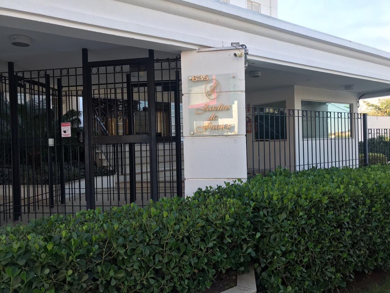 Apartamento à venda,  com 3 quartos sendo 1 suite no ED. JARDINS DE FRANCE em Cuiabá MT 101 12275