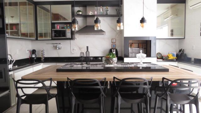 Casa  com 3 quartos sendo 3 Suítes no  CONDOMÍNIO RESERVA DO PARQUE, Cuiabá  - MT