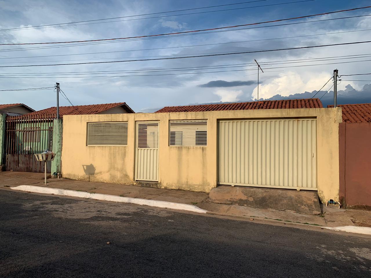 Casa à venda,  com 3 quartos no NOVA ESPERANÇA em Cuiabá MT 101 12355