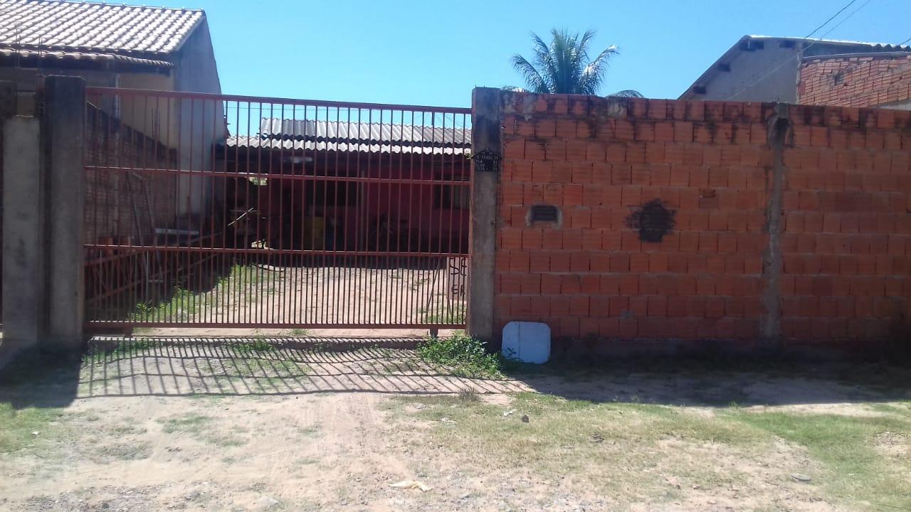 Casa à venda,  com 2 quartos no OSMAR CABRAL em Cuiabá MT 101 12374