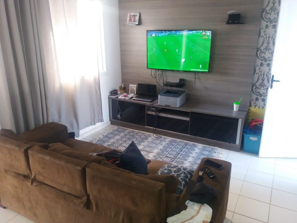 Casa à venda,  com 2 quartos no  CONDOMÍNIO RIO CLARO em Cuiabá MT 101 12397