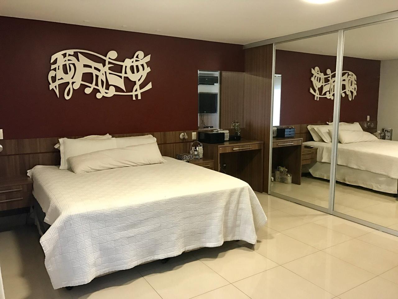 Casa  com 3 quartos sendo 3 Suítes no Condominio Alphaville Cuiaba I, Cuiabá  - MT
