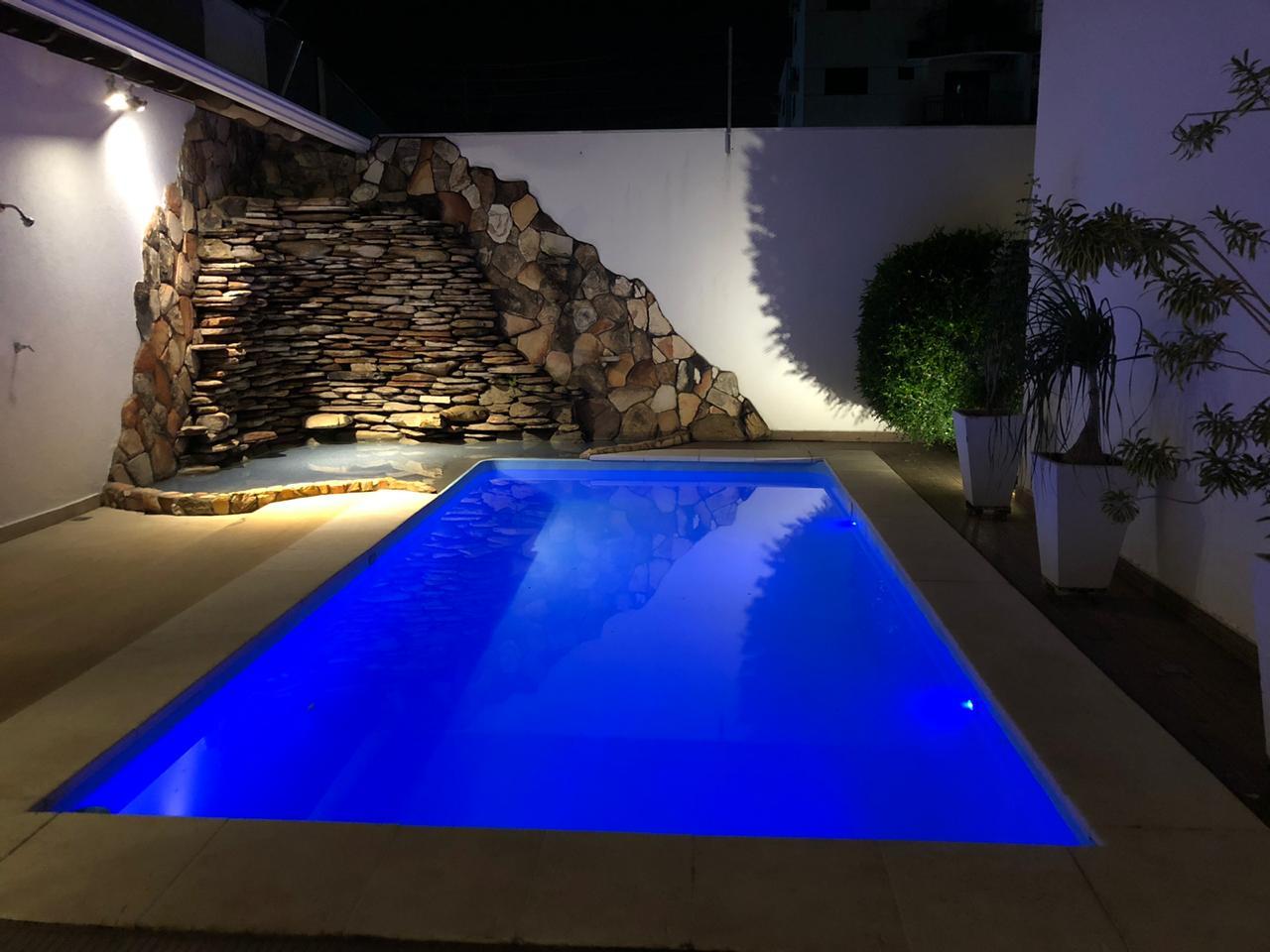 Casa à venda,  com 3 quartos sendo 2 suites no Jardim Califórnia em Cuiabá MT 101 12461
