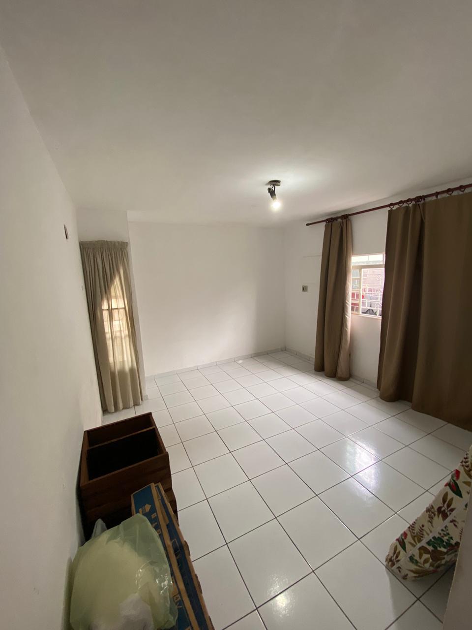 Casa à venda,  com 4 quartos sendo 1 suite no Morada do Ouro em Cuiabá MT 101 12605
