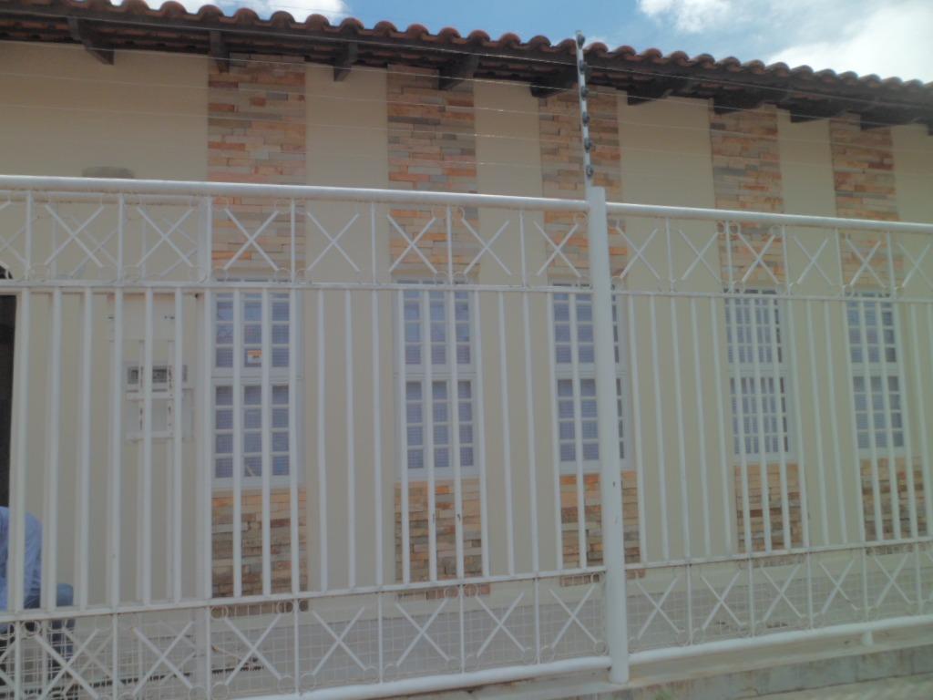 Casa para aluguel,  com 3 quartos sendo 2 suites no Jardim Petropolis em Cuiabá MT 101 12622