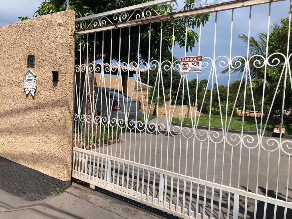Casa à venda,  com 3 quartos sendo 1 suite no LINDO SOBRADO NO VILLAGE FLAMBOYANT em Cuiabá MT 101 12665