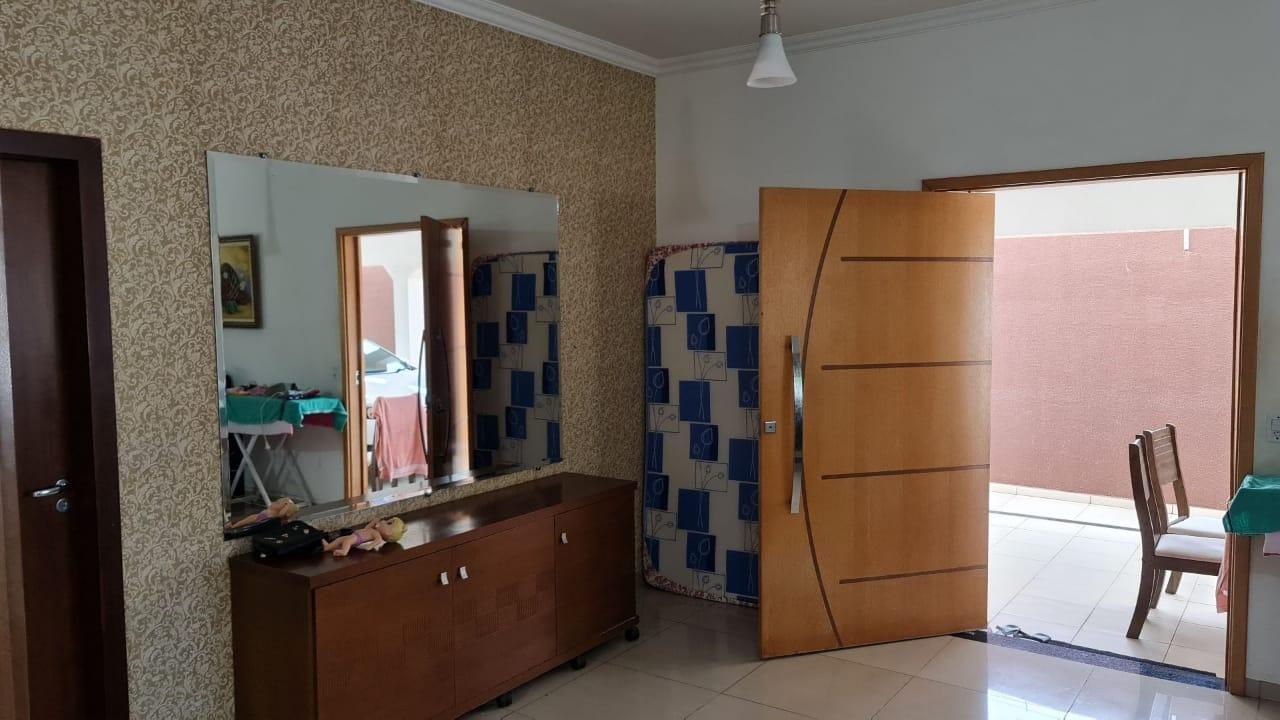 Casa  com 3 quartos sendo 1 Suíte no Jardim Imperial, Várzea Grande  - MT