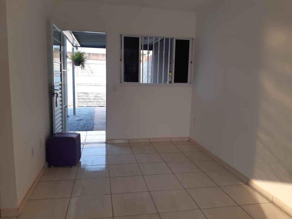 Casa para aluguel,  com 2 quartos no paiaguás em Várzea Grande MT 101 12762