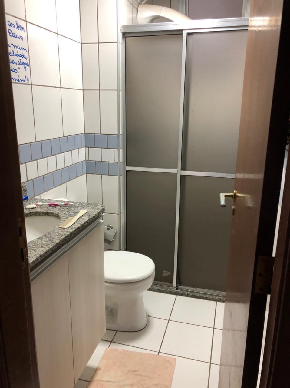 Apartamento à venda,  com 3 quartos sendo 1 suite no Centro Norte em Cuiabá MT 101 12781