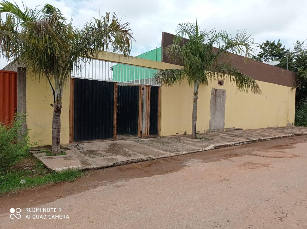 Casa à venda,  com 2 quartos sendo 2 suites no Parque Atalaia em Cuiabá MT 101 12874