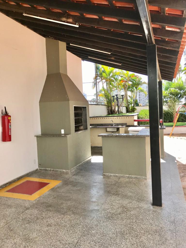Apartamento  com 4 quartos sendo 1 Suíte no Santa Helena, Cuiabá  - MT