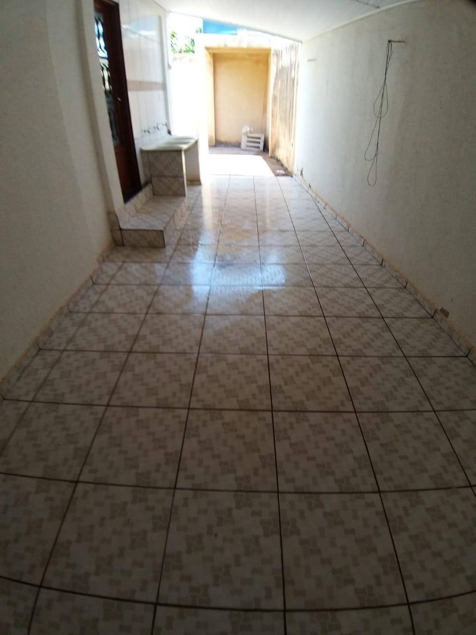 Casa à venda,  com 3 quartos sendo 3 suites no CPA I em Cuiabá MT 101 12968