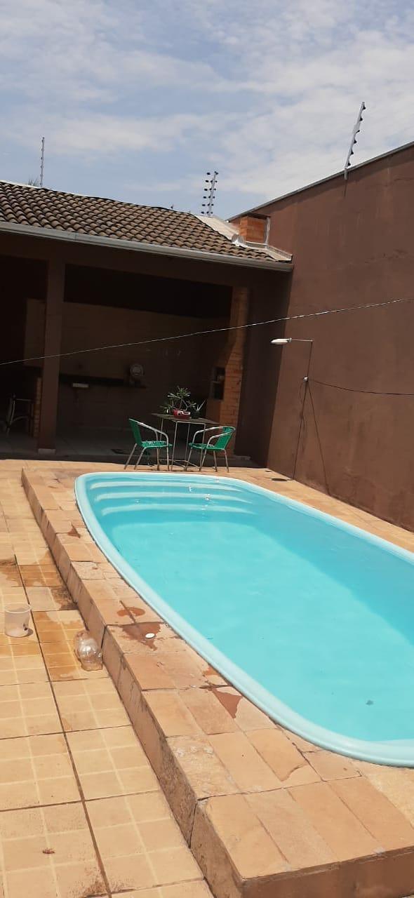 Casa à venda,  com 3 quartos sendo 1 suite no CPA II em Cuiabá MT 101 12977