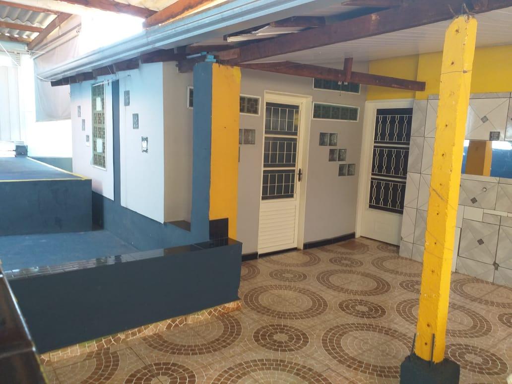 Casa à venda,  com 4 quartos sendo 2 suites no Tijucal em Cuiabá MT 101 13016