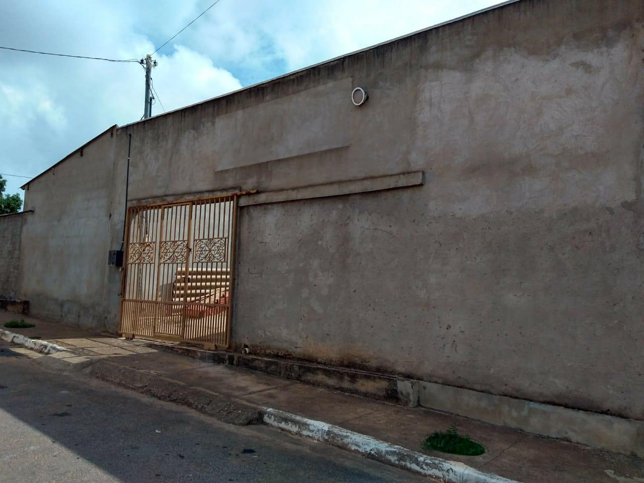 Salão à venda,  no Jardim Umuarama em Cuiabá MT 101 13296