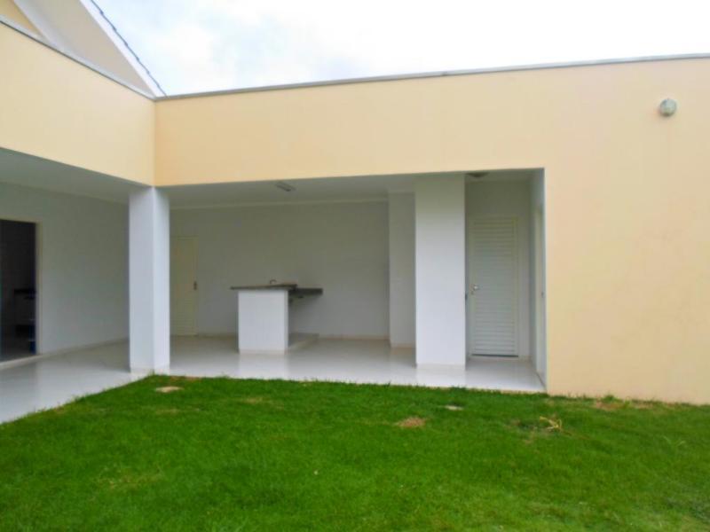 Casa  com 2 quartos sendo 1 Suíte no Jardim Riva, Primavera do Leste  - MT