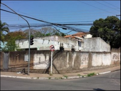 https://www.imoveltop.com.br/imagens/imovel/113/00076/20130914_123127_174065.jpg