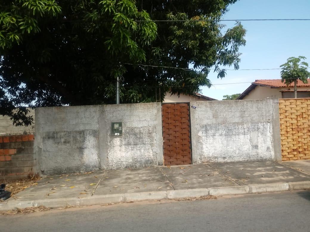 Casa  com 2 quartos no Nossa Senhora Aparecida, Cuiabá  - MT