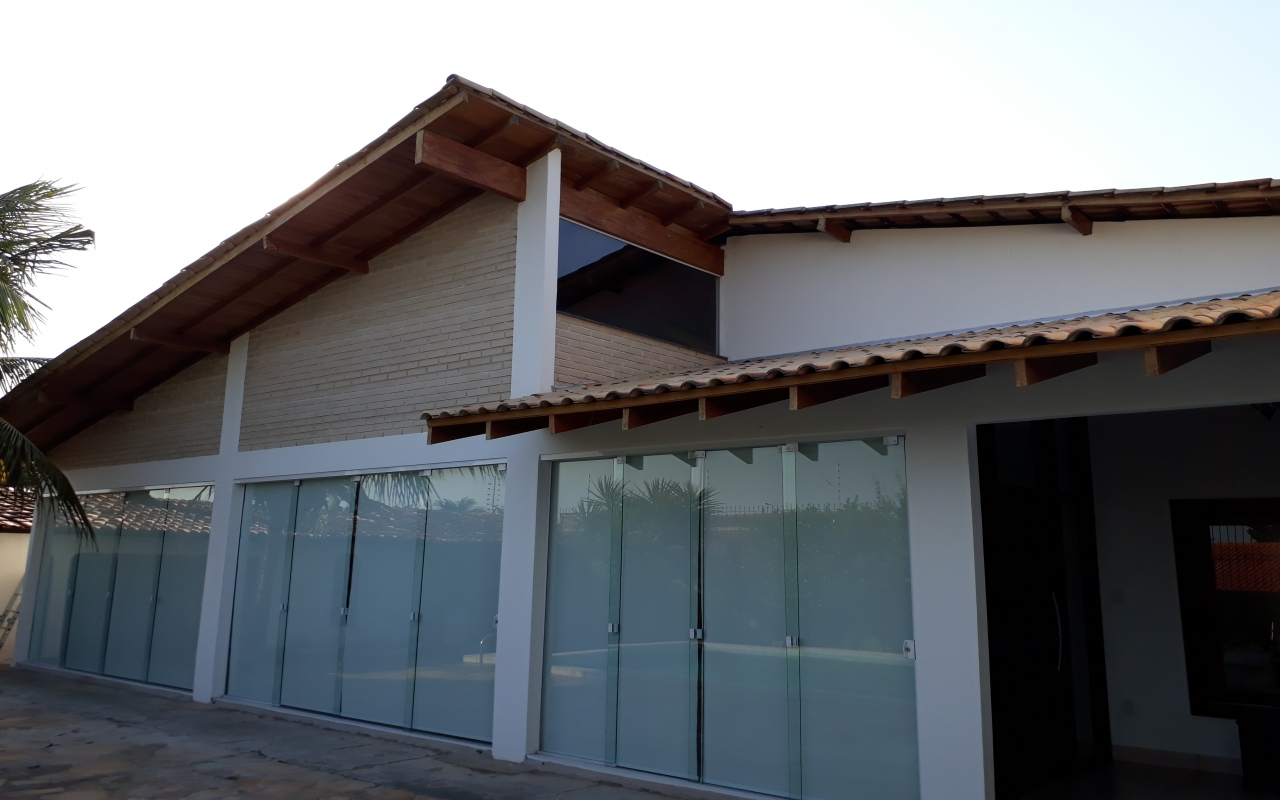 Casa  com 3 quartos sendo 2 Suítes no Boa , Cuiabá  - MT