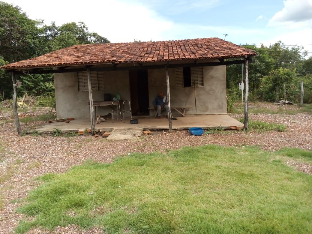 Chácara Sítio  com 2 quartos no Agua Limpa, Cuiabá  - MT