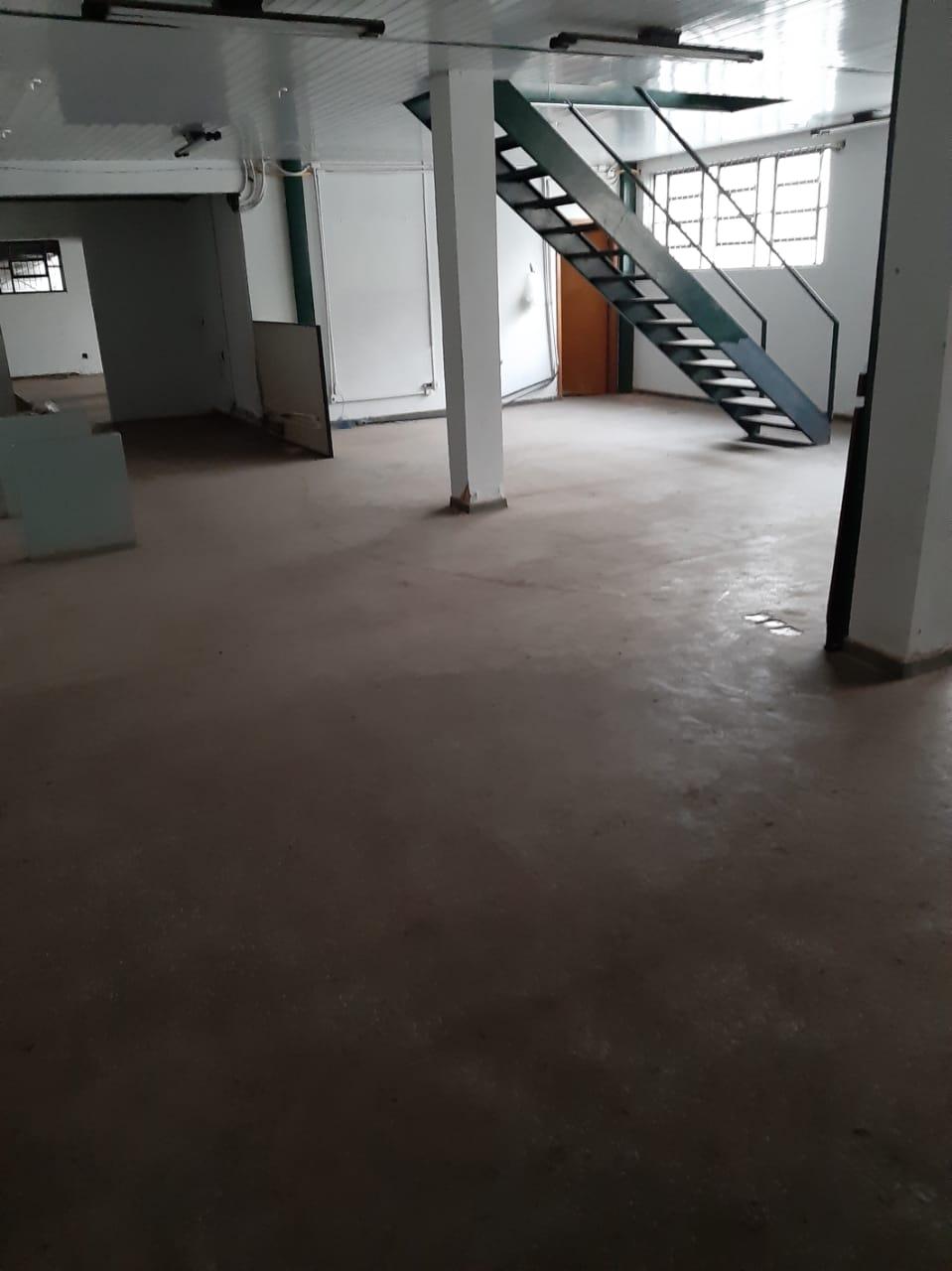 Prédio  com 12 quartos no Centro-Sul, Cuiabá  - MT