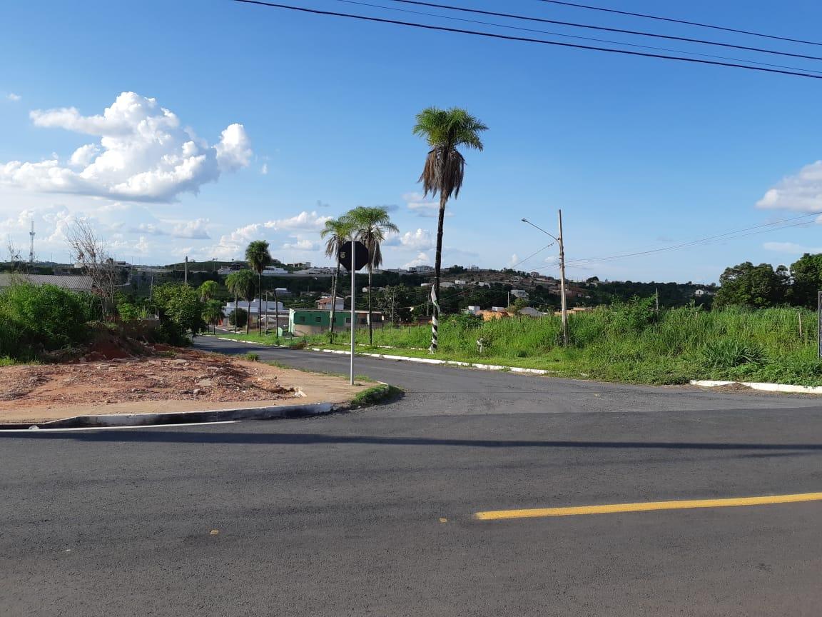 Terreno Cond. Fechado  no Despraiado, Cuiabá  - MT