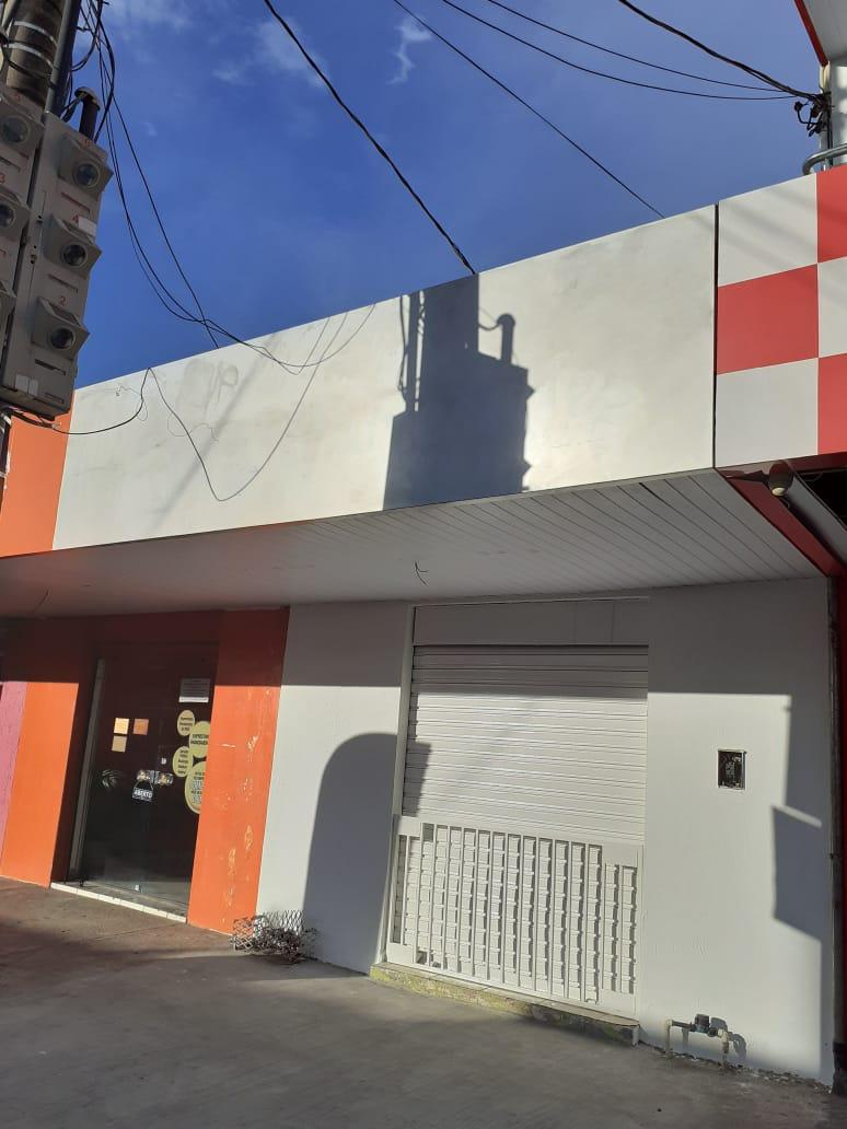 Sala  com 1 quarto no Centro-Norte, Cuiabá  - MT