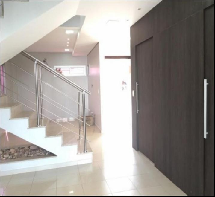 Casa Cond. Fechado  com 3 quartos sendo 3 Suítes no BELVEDERE, Cuiabá  - MT