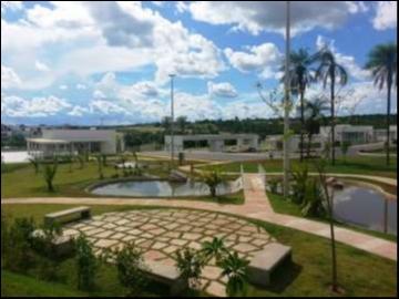 Terreno Cond. Fechado  no FLORAIS DOS LAGOS, Cuiabá  - MT