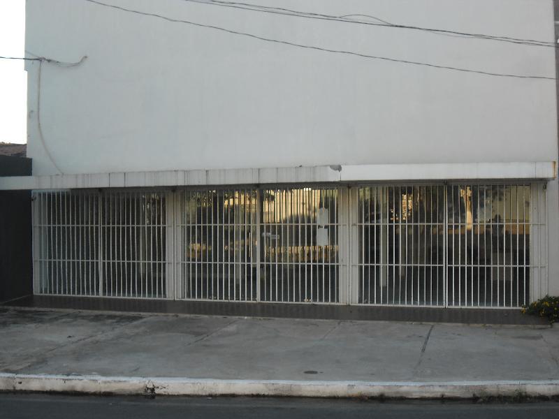 Barracão  no Grande Terceiro, Cuiabá  - MT