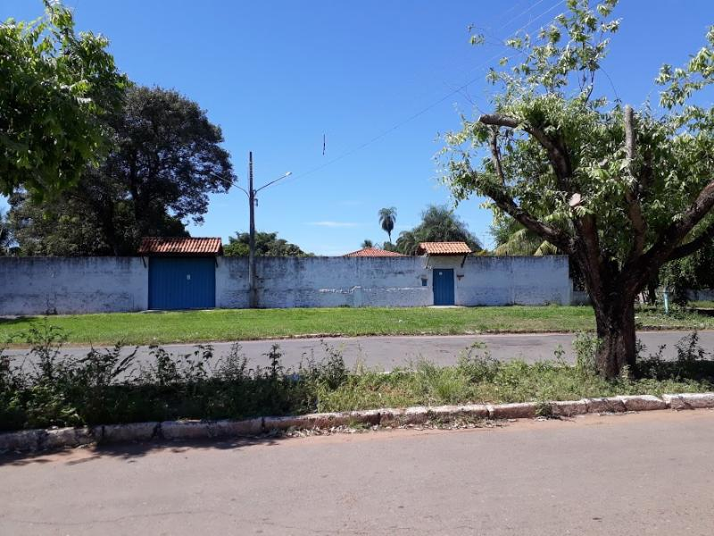 Casa  com 3 quartos sendo 1 Suíte no -, Santo Antonio do Leverger  - MT