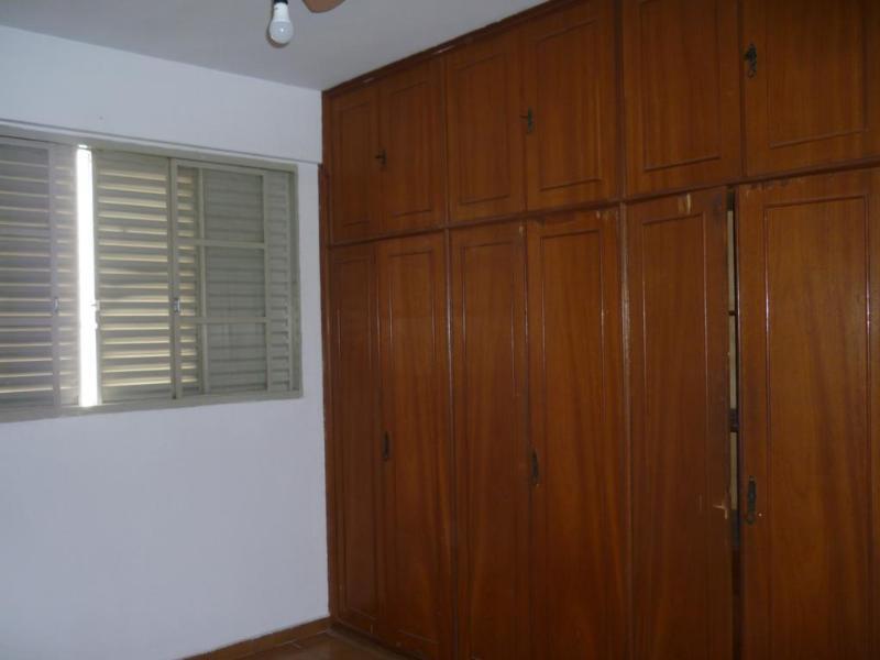 Apartamento  com 3 quartos sendo 1 Suíte no Popular, Cuiabá  - MT