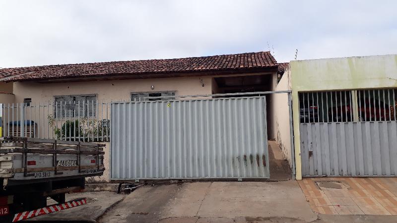 Casa  com 2 quartos sendo 2 Suítes no Altos do Coxipo, Cuiabá  - MT