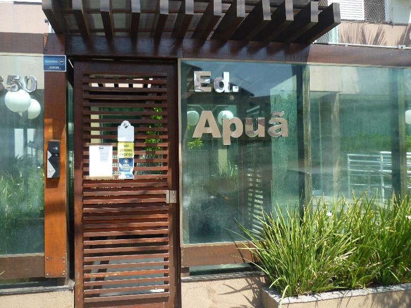 Apartamento  com 3 quartos sendo 1 Suíte no Jardim Tropical, Cuiabá  - MT