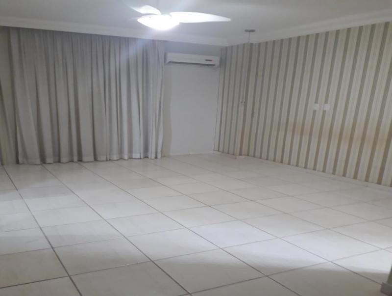 Apartamento  com 3 quartos sendo 3 Suítes no Centro Norte, Várzea Grande  - MT