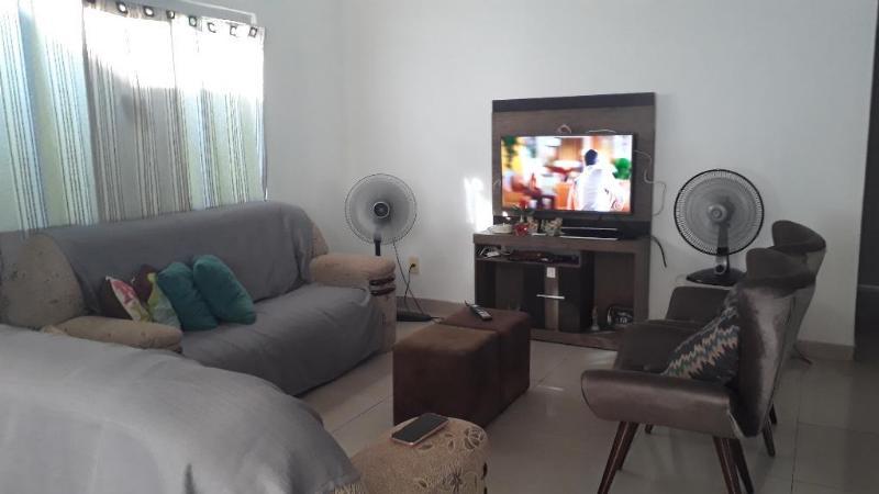 Casa  com 3 quartos sendo 1 Suíte no Costa Verde, Várzea Grande  - MT