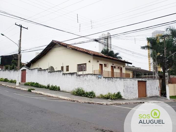 Casa  com 3 quartos sendo 1 Suíte no Duque de Caxias, Cuiabá  - MT