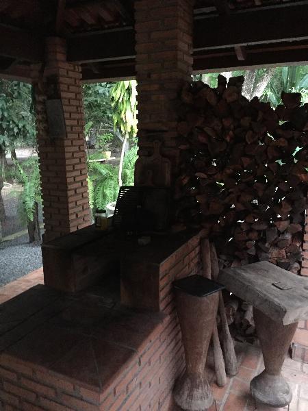 https://www.imoveltop.com.br/imagens/imovel/3/00882/0003.jpg