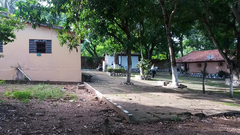 https://www.imoveltop.com.br/imagens/imovel/3/00883/000003.jpg