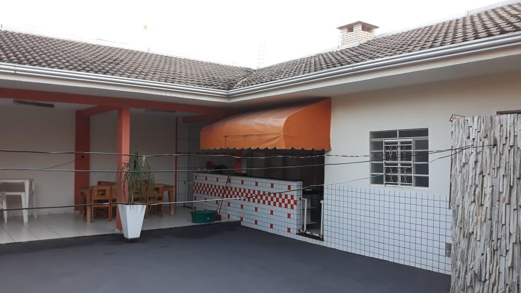 Casa  com 4 quartos sendo 2 Suítes no Morada do Ouro, Cuiabá  - MT