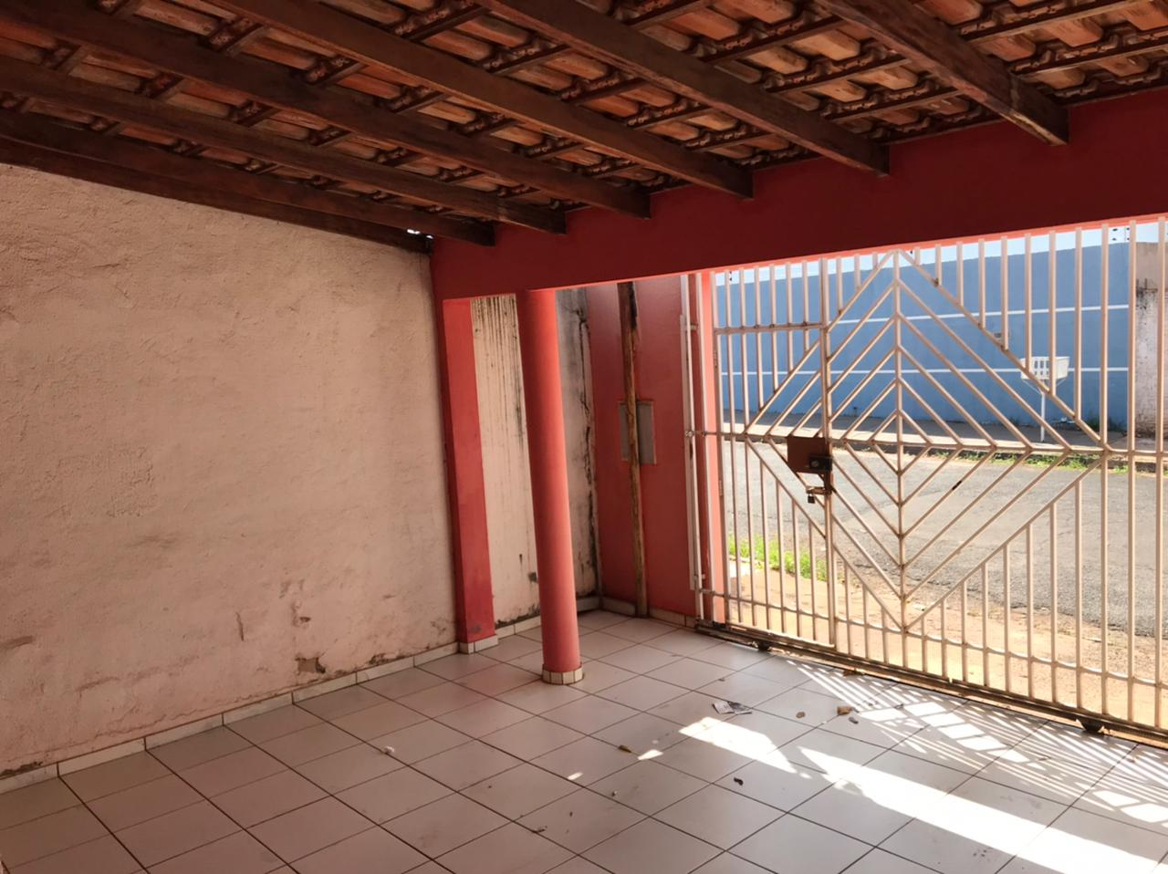 Casa  com 3 quartos no Morada do Ouro 2, Cuiabá  - MT
