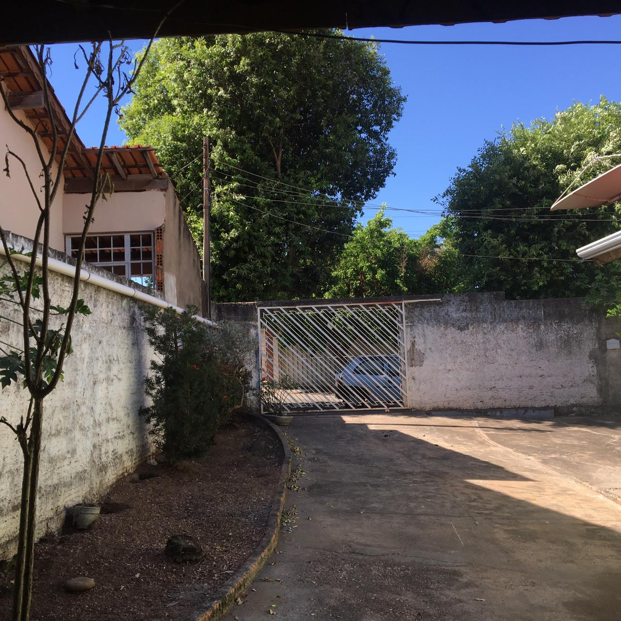 Casa  com 3 quartos no CPA 2, Cuiabá  - MT