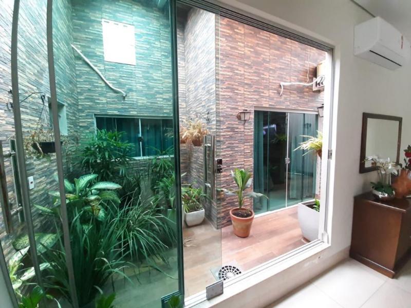 Casa  com 1 quarto sendo 3 Suítes no Residencial Granville I, RondonÓpolis  - MT