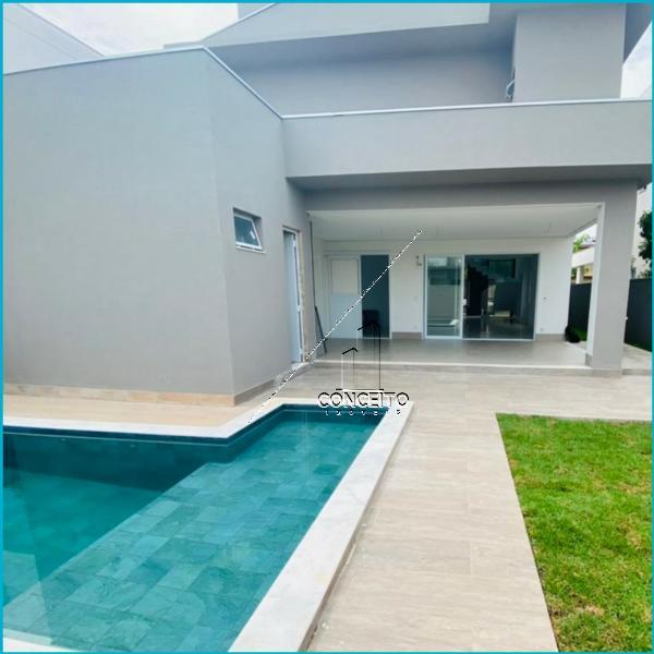 Casa Cond. Fechado  com 3 quartos sendo 2 Suítes no Alphaville 2, Cuiabá  - MT