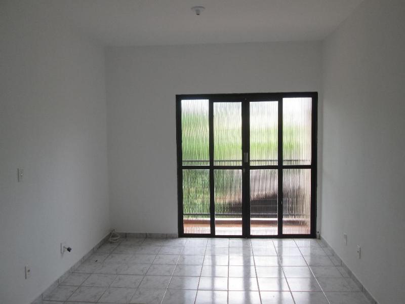 Apartamento  com 3 quartos no Jardim das Palmeiras, Cuiabá  - MT