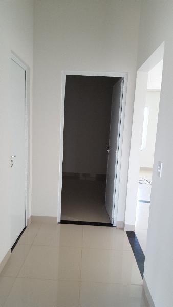 Casa  com 3 quartos sendo 1 Suíte no Loteamento Dalmaso, Lucas do Rio Verde  - MT